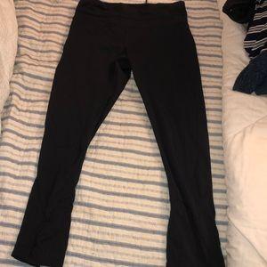 Lulu cropped leggings
